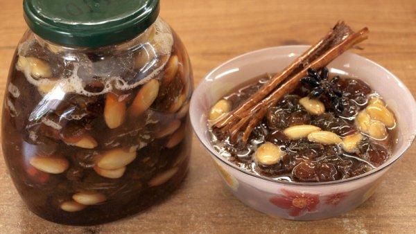 Виноградное варенье с миндальными орехами