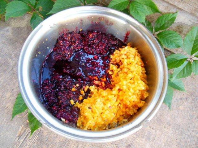 Приготовление варенья из малины, смородины и апельсина