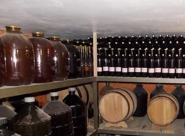 Место для хранения вина