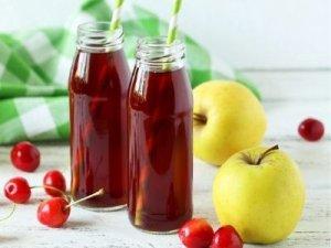 Компот из вишни и яблок